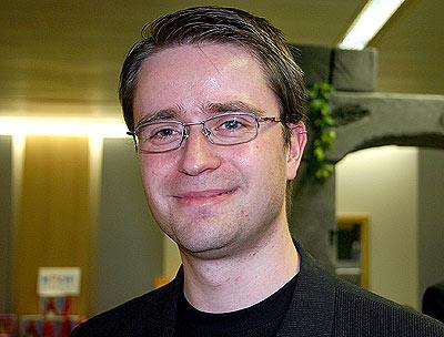 Jörg Meißner denkt sich die spannenden Krimi-Spiele aus von Reich der Spiele