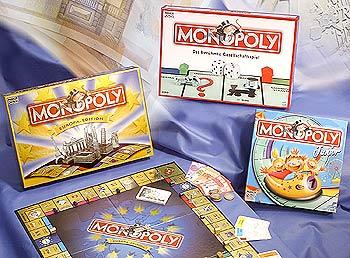 Es gibt viele Varianten von Monopoly von Hasbro