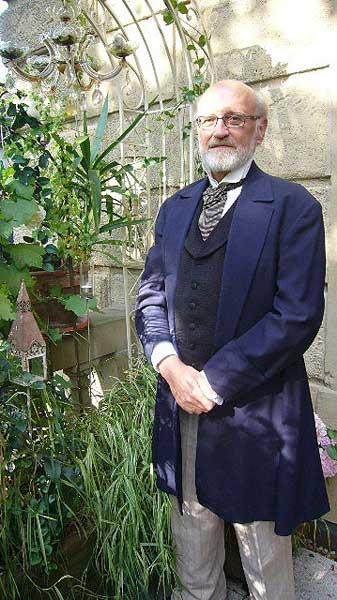 Martin Schlegel in seiner Messekostümierung zum Spiel Darwinci 2009 von Martin Schlegel
