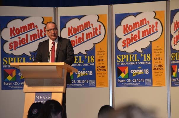 Oliver Kurz, Messe Essen, bei der Pressekonferenz zur Spiel 18 - Foto von Axel Bungart
