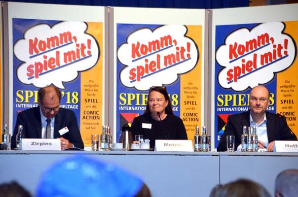 Begruessung Pressekonferenz zur Spiel 18 - Foto von Axel Bungart