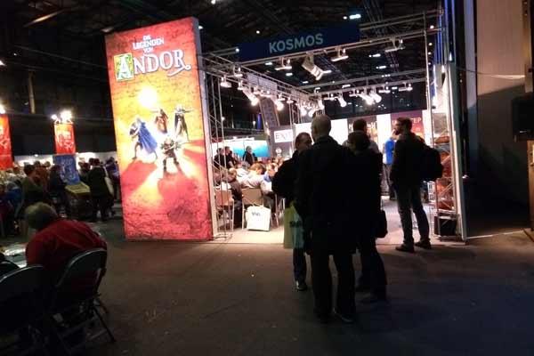 Spielstand mit großer Werbung für Die Legenden von Andor - Foto von Dirk Janßen
