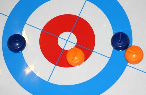 Indoor Curling  - Geschicklichkeitsspiel - Foto von Reich der Spiele