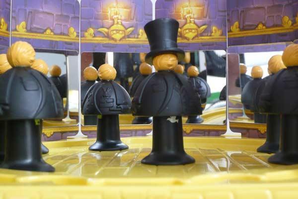Blick in das Kinderspiel Das Geheimnis der Zauberer - Foto Schliemann/Hoffmann