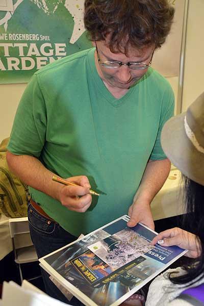 Foto von der Spiel '16: Uwe Rosenberg signiert