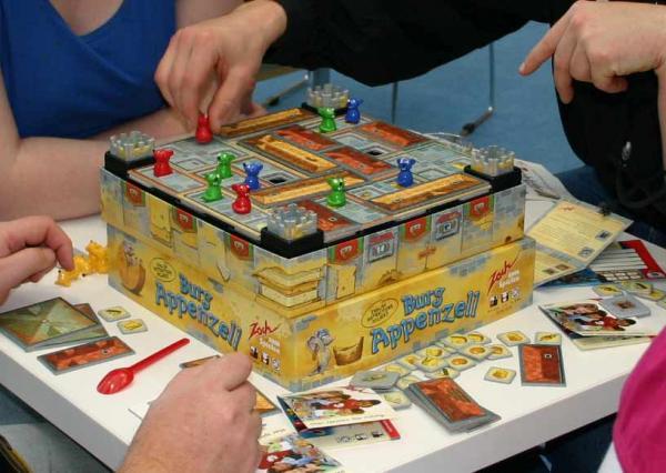Burg Appenzell - ein beliebtes Kinderspiel von Reich der Spiele