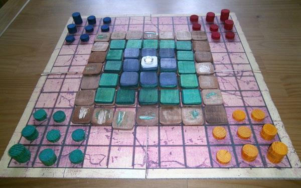 Kolossus//Achtung: Das Foto zeigt nur den Prototyp, das Spiel wird reichhaltig ausgestattet sein. von Jürgen Strobel