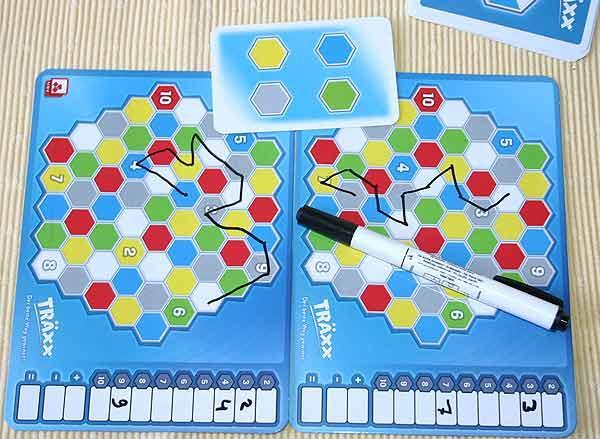 Spielszene Gesellschaftsspiel Träxx - Foto von Reich der Spiele