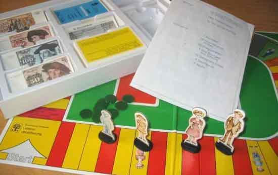Spielmaterial Versichern - Foto von Roland G. Hülsmann