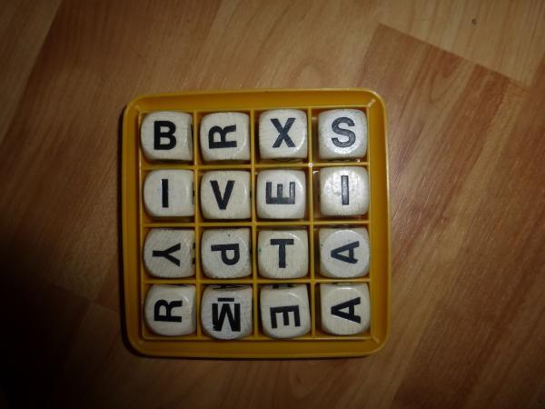 Boggle - Spielmaterial - Foto von Jörn Frenzel