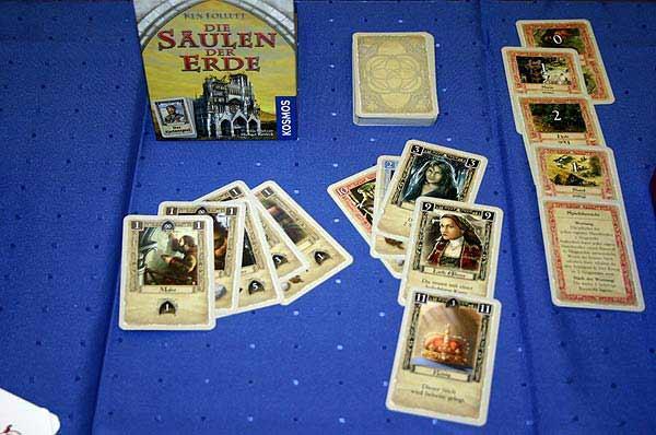 Die Säulen der Erde - das Kartenspiel von Reich der Spiele