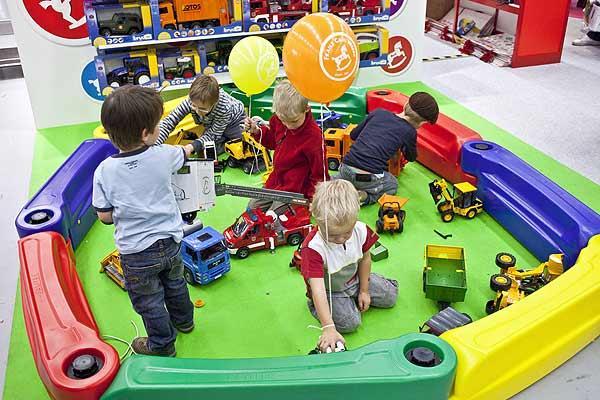 Suisse Toy 2010 von Suisse Toy