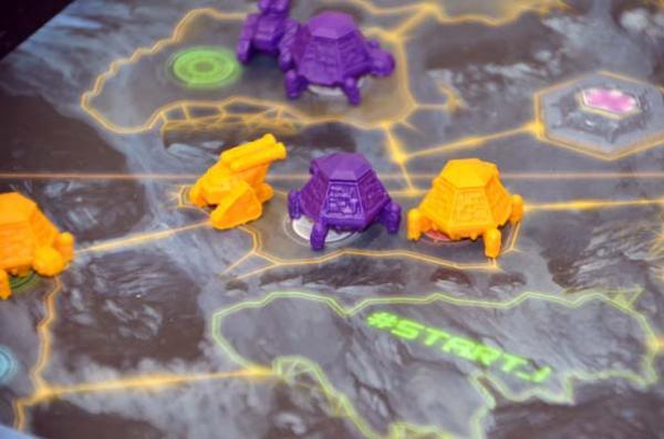 Foto von der Spiel '18: Magnastorm - Detail