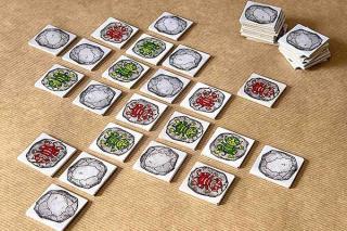 Zwoggel Spielaufbau - Foto von Steffen Spiele
