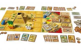 Spielaufstellung des Familienspiels Camel Up - Foto eggertspiele