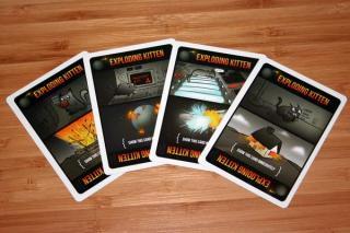 Exploding Kittens - Exploding-Karten - Foto von Reich der Spiele