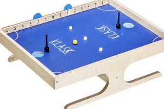 Spielbrett mit Aufbau von Klask - Foto Game Factory