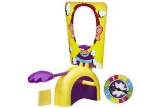 Tortenschleuder beim Kinderspiel Pie Face - Foto von Hasbro