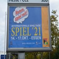 Foto von der Spiel '21: Hinweistafel an den Straßen