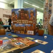 Spielmaterial Dice Town